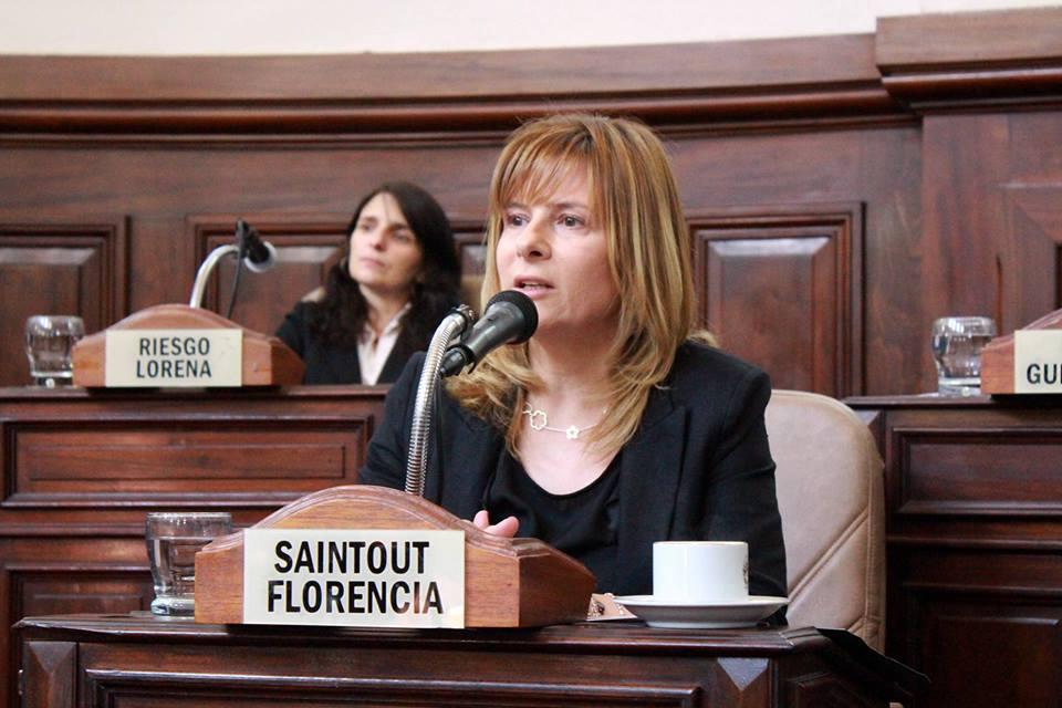 Saintout exige que los vecinos platenses afectados por la contaminación del agua no paguen las boletas de ABSA