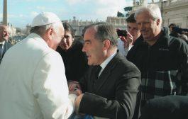 Vidal se somete a las presiones de la Iglesia, de la UCA y del Opus Dei contra el aborto no punible, y por eso en el Vaticano están felices con ella