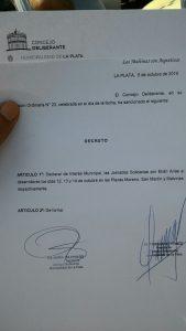 El decreto de declaración de interés municipal de la actividad.