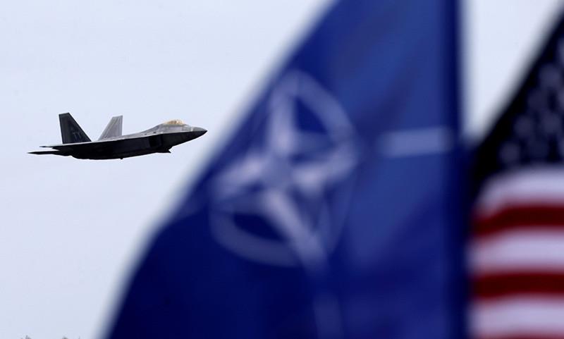 """Contra Rusia: EE.UU. y la OTAN preparan un """"regalo"""" nuclear mientras la CIA prevé un posible ataque cibernético sin precedentes"""