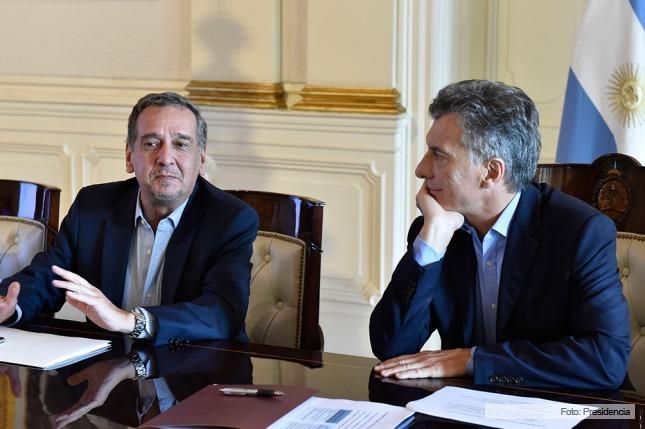 Barañao sigue el libreto macrista y ahora quiere expulsar a los científicos argentinos del país