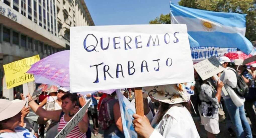 Más de tres mil trabajadores fueron despedidos en septiembre gracias a Macri