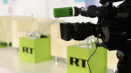 En un atentado contra la libertad de expresión, cierran todas las cuentas bancarias del canal ruso RT en el Reino Unido