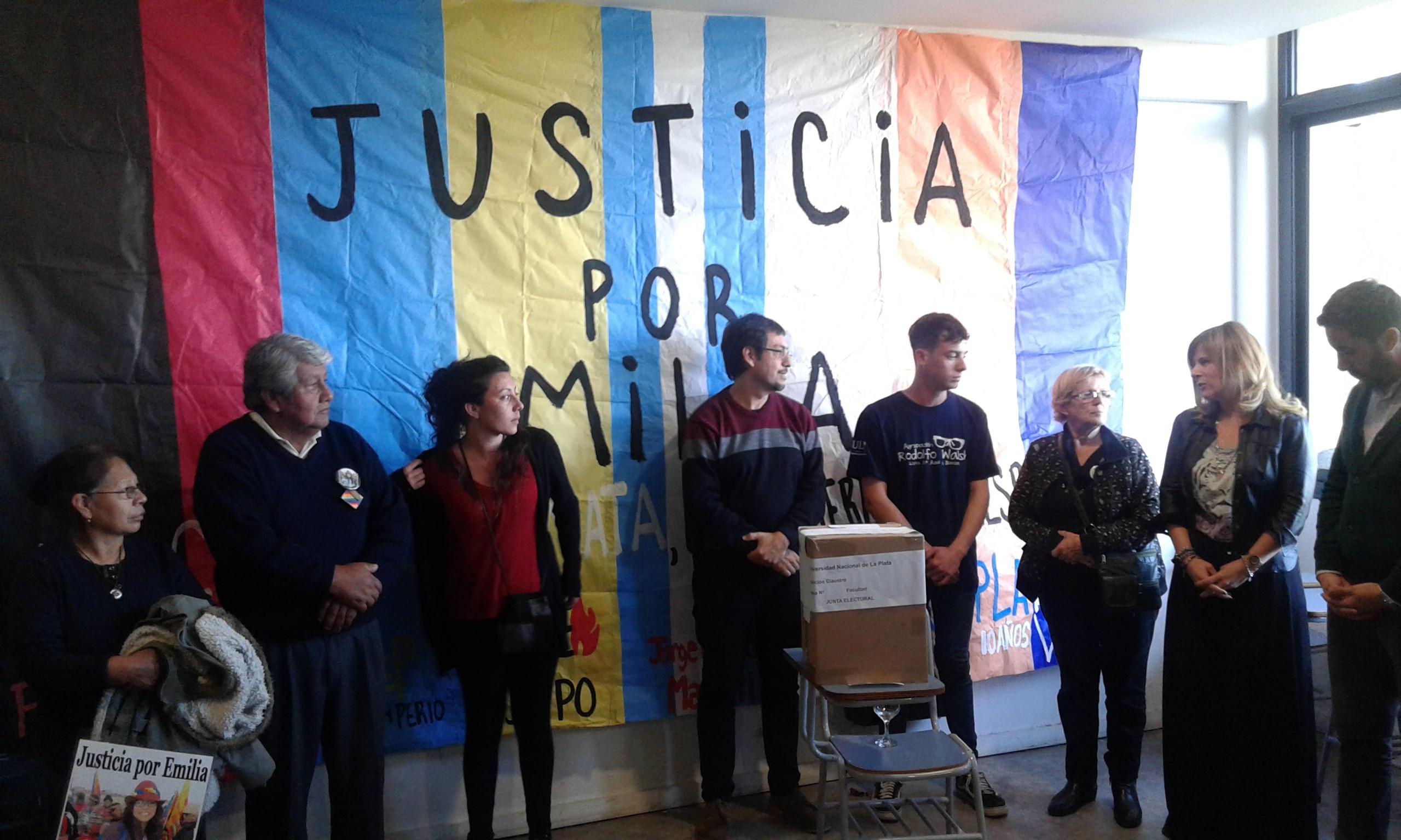 """Periodismo de la UNLP homenajeó a Emilia, """"compañera y militante del pueblo argentino"""""""