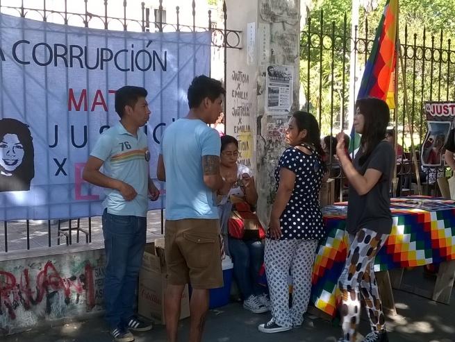 """Familiares y amigos de Emilia piden la imputación de los funcionarios de Garro por ser """"responsables"""" en la muerte de la joven"""