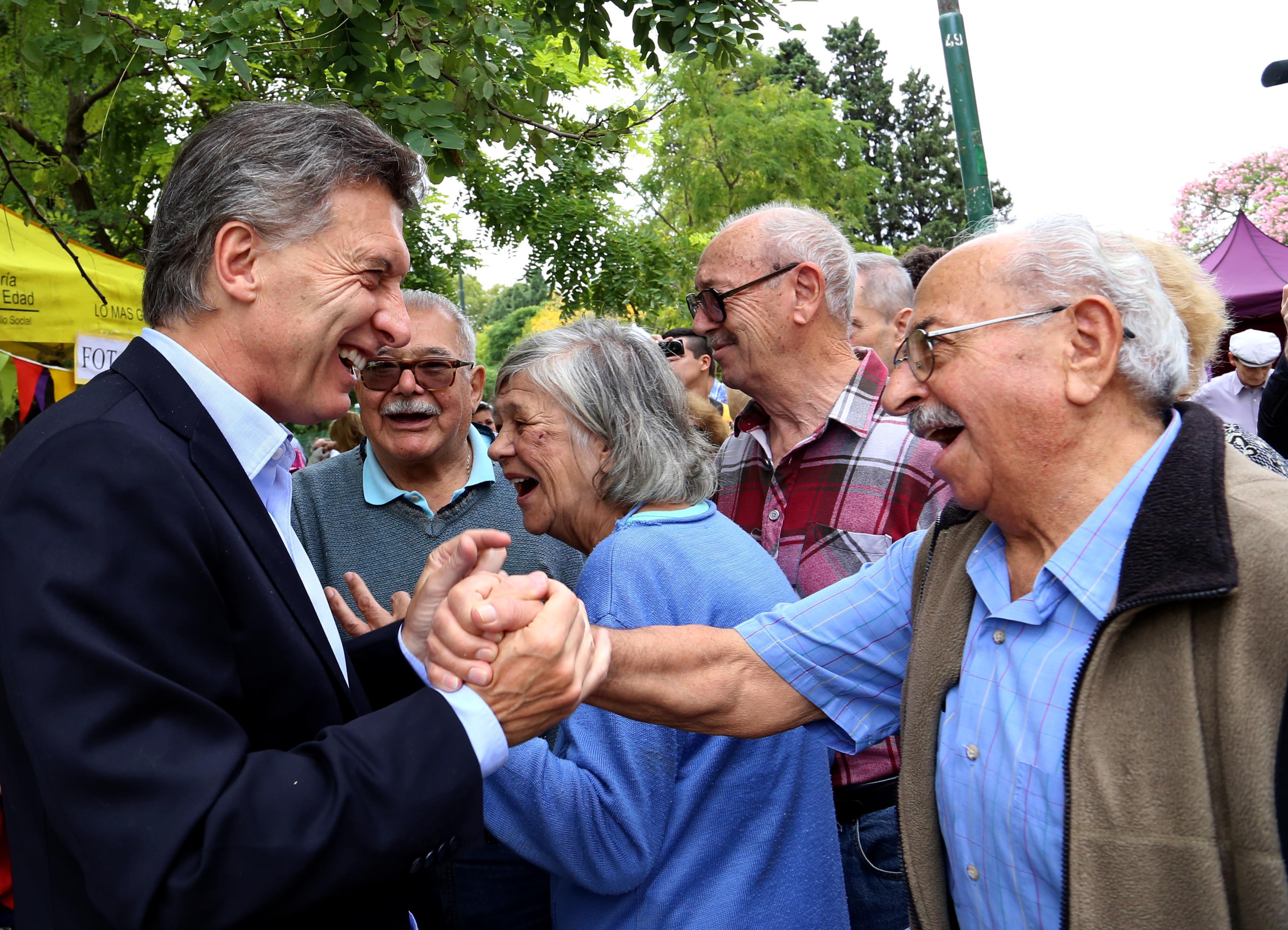 Ni los adultos mayores se salvan de Macri: El Gobierno dio de baja el Programa Argenta