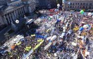 Miles de manifestantes reclamaron la emergencia social frente al Congreso
