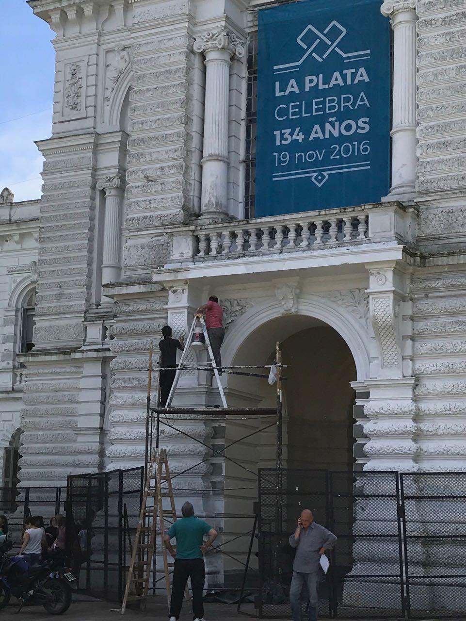 Los pocos trabajadores municipales que Garro no despidió, sufren inseguridad laboral al cumplir sus funciones