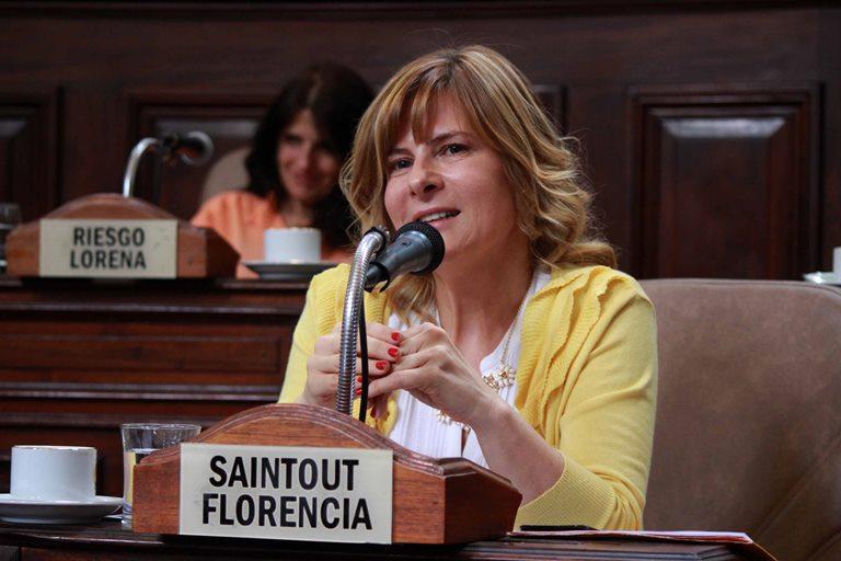 Florencia Saintout propone crear un programa de promoción y fortalecimiento de la niñez en La Plata