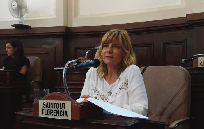 """Saintout: """"En la Provincia hay 21.000 chicos en condiciones de ser adoptados, pero a las familias platenses se les hace cuesta arriba el camino"""""""