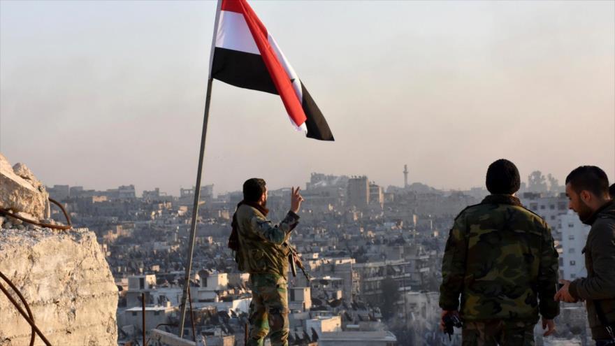 """Para Al Asad, la recuperación de Alepo es """"un gran paso"""" hacia el fin de la guerra en Siria"""