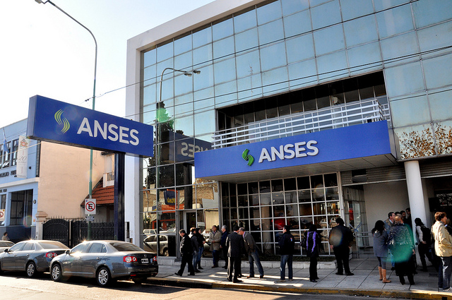 Con las políticas de Macri que permitieron el regreso del FMI, el sistema previsional vuelve a estar en riesgo