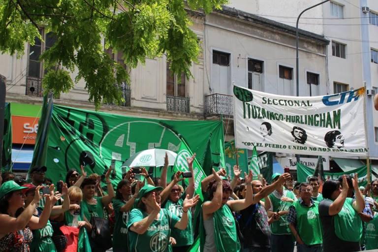 """Vidal profundiza el ajuste en la Provincia y presiona a los trabajadores para que acepten """"salarios miserables"""""""