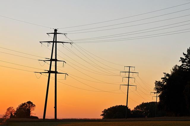 Tarifazo: En 2017 la luz aumentará más del 35 por ciento y habrá una fuerte reducción de los subsidios