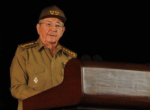 """Raúl: """"La permanente enseñanza de Fidel es que sí se puede"""""""