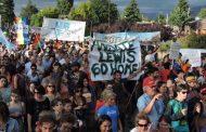 En El Bolsón la Asamblea popular continúa su plan de demandas hasta que las tierras choreadas por Joe Lewis vuelvan a la Provincia