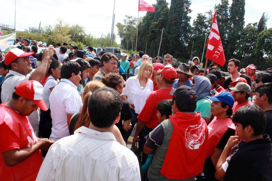 """""""La situación de los productores es dramática"""", denunció Saintout y apuntó contra la indiferencia de Garro"""
