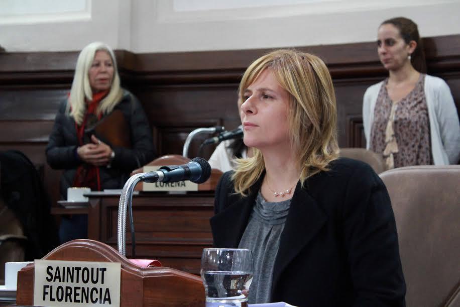 """Saintout apuntó contra la empresa de recolección de residuos de La Plata: """"cobra un contrato millonario y brinda un servicio completamente deficiente"""""""