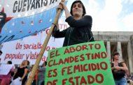 """En el Senado bonaerense avanzan para evitar que """"la gobernadora macho"""" impida que se regule la interrupción legal del embarazo"""