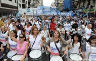 Una verdadera multitud se movilizó en la marcha por la dignidad de los docentes y en defensa de la educación pública