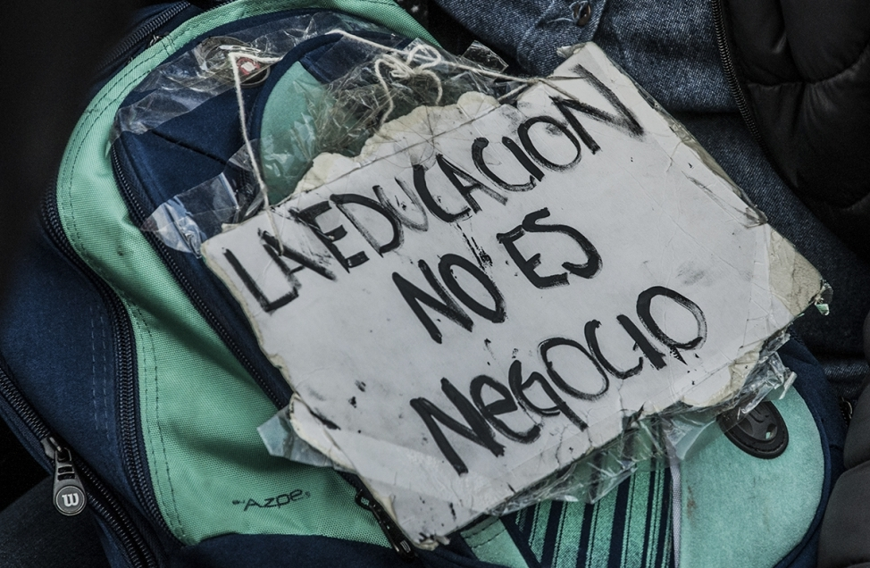 Los docentes vuelven al paro frente a la propuesta perversa de Vidal de canjear el ausentismo por un sueldo básico