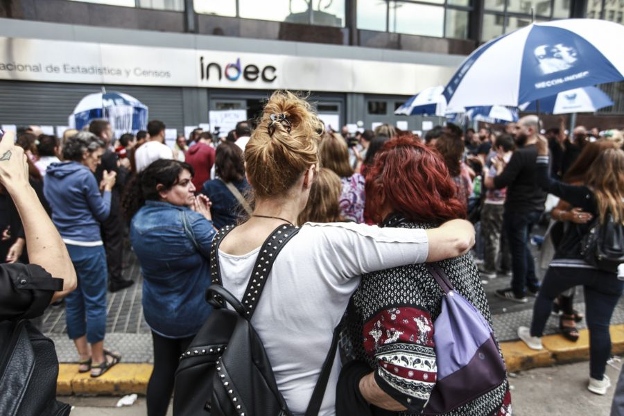 Todesca despide a más de 80 trabajadores del INDEC, entre ellos mujeres con licencia por maternidad y una enferma de cáncer