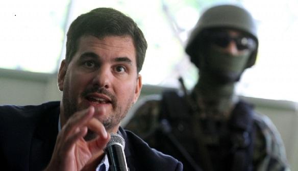 Burzaco, heredero de los genocidas, responsable del asesinato de Fuentealba, y funcionario de Macri, justificó la represión a mujeres en la Panamericana