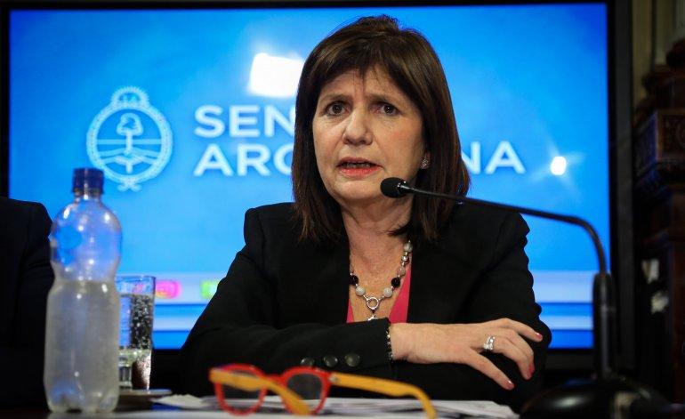 La representante de la CIA y la Mossad en el gobierno cumplió sus amenazas y reprimió a los trabajadores