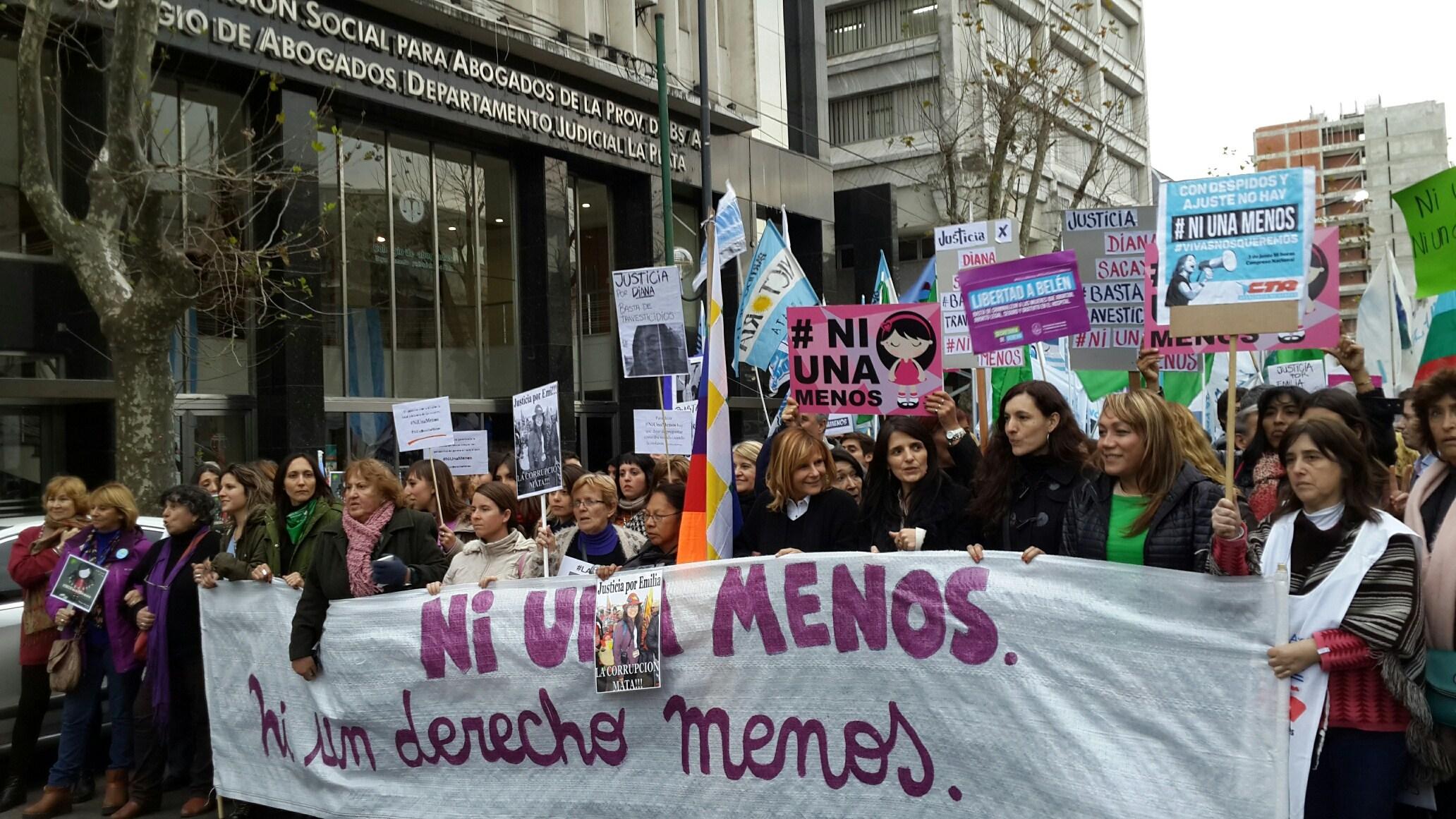 Una asamblea feminista dio su fuerte apoyo a las políticas de género impulsadas por Saintout desde el Concejo Deliberante platense