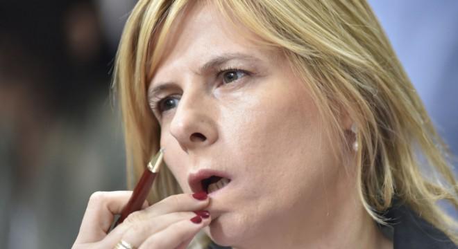 ¿Aparece con Florencia Saintout un nuevo tipo de práctica y liderazgo, con las mujeres en el centro debate político?