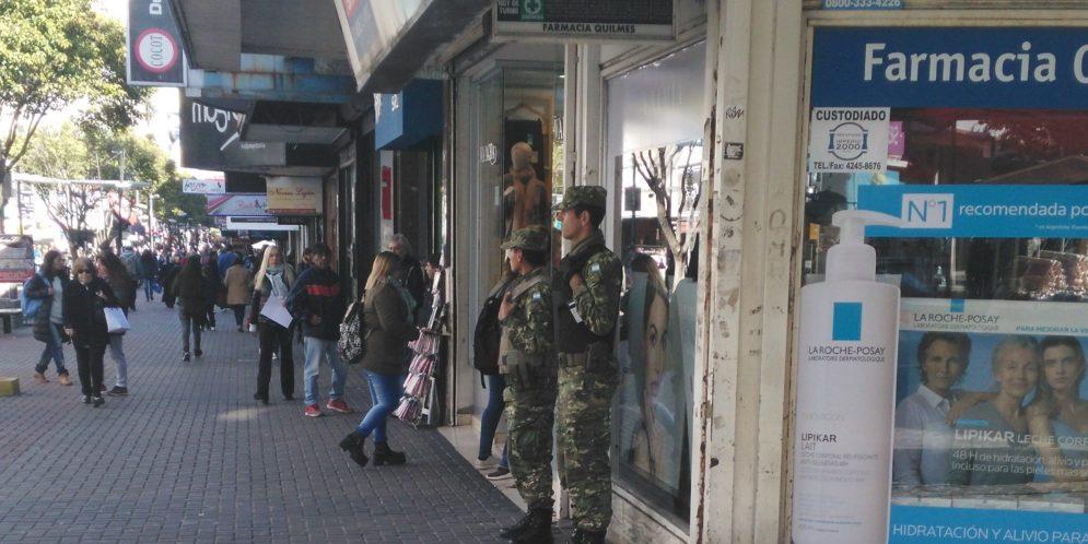 Efectivos de las Fuerzas Armadas fueron detectados en Quilmes cumpliendo, en forma ilegal, tareas de seguridad interior