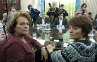 Los maestros van a la huelga tras rechazar otra oferta miserable de Vidal