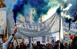 Los docentes universitarios plebiscitan un plan de lucha para el segundo cuatrimestre