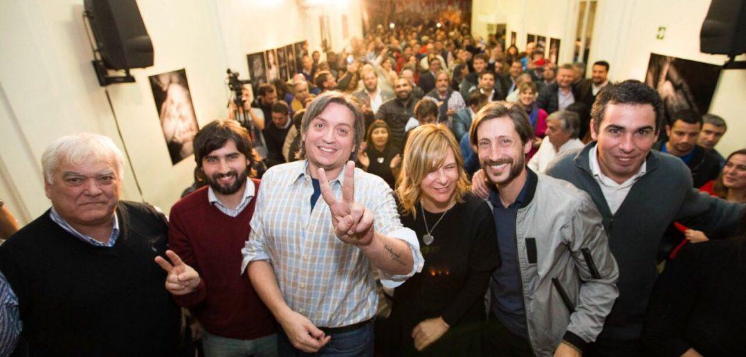 Florencia Saintout acompañó a Máximo Kirchner en un encuentro con concejales de la provincia de Buenos Aires