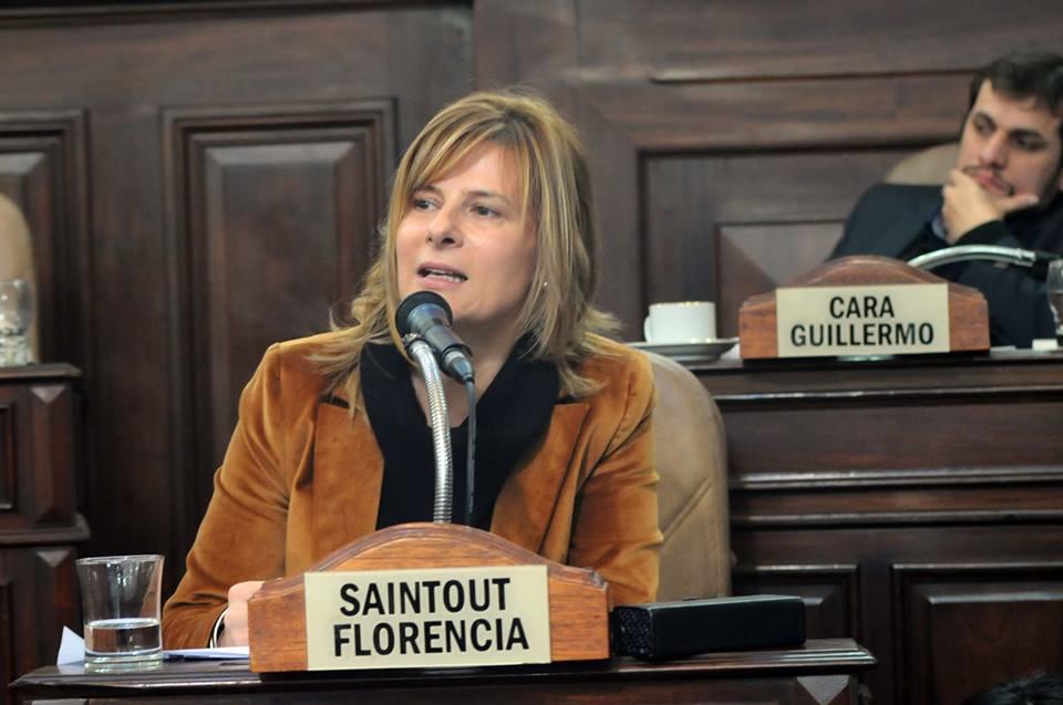 """Razzias policiales en La Plata: """"Estos procedimientos violan los derechos y garantías constitucionales"""", denunció Florencia"""
