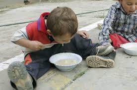 Un país que tiene la leche más cara del mundo y cada día son menos los pibes que acceden a ella es un país que se caga en la niñez