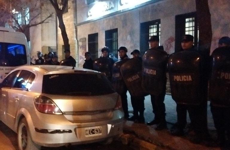 """Detenciones arbitrarias en Río Negro: """"La situación represiva es cada vez más grave por la presencia del Ministerio de Inseguridad y Desaparición Forzada de Personas"""""""