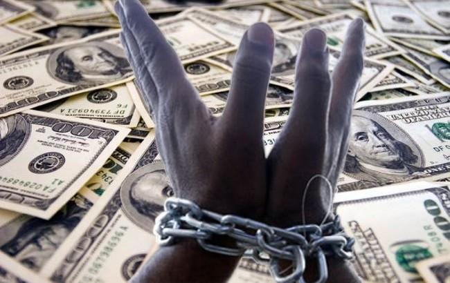 En tiempos de Macri se comprometió deuda por 100 mil millones de dólares y ya se fugaron casi 20 mil millones