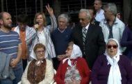 """""""Por las buenas o por las malas, acá no pasarán"""": Florencia participó del abrazo a la Casa de las Madres"""
