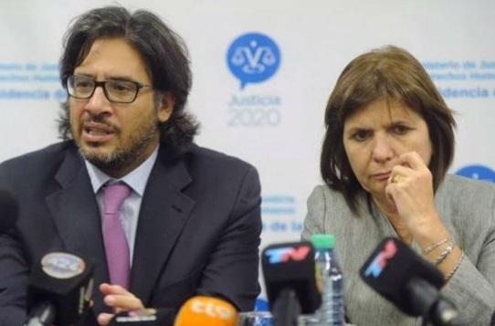 Denunciarán penalmente a Garavano y Bullrich por encubrir a los responsables de la desaparición de Santiago Maldonado