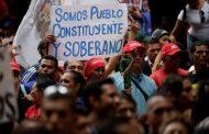 Miles de venezolanos marchan en apoyo a la Constituyente