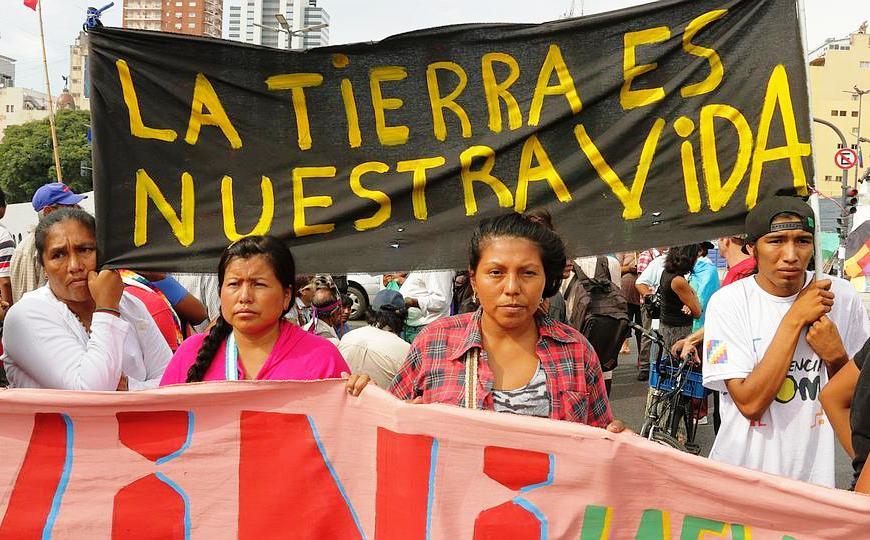 """Pueblos originarios advierten que el macrismo busca """"explotar a diestra y siniestra los territorios"""" ancestrales"""
