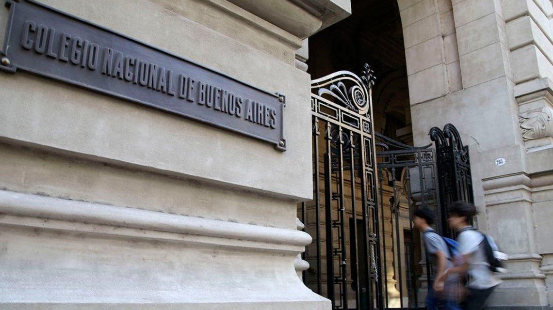 El alumno del Nacional Buenos Aires denunciado por abuso durante la toma fue alejado de del colegio