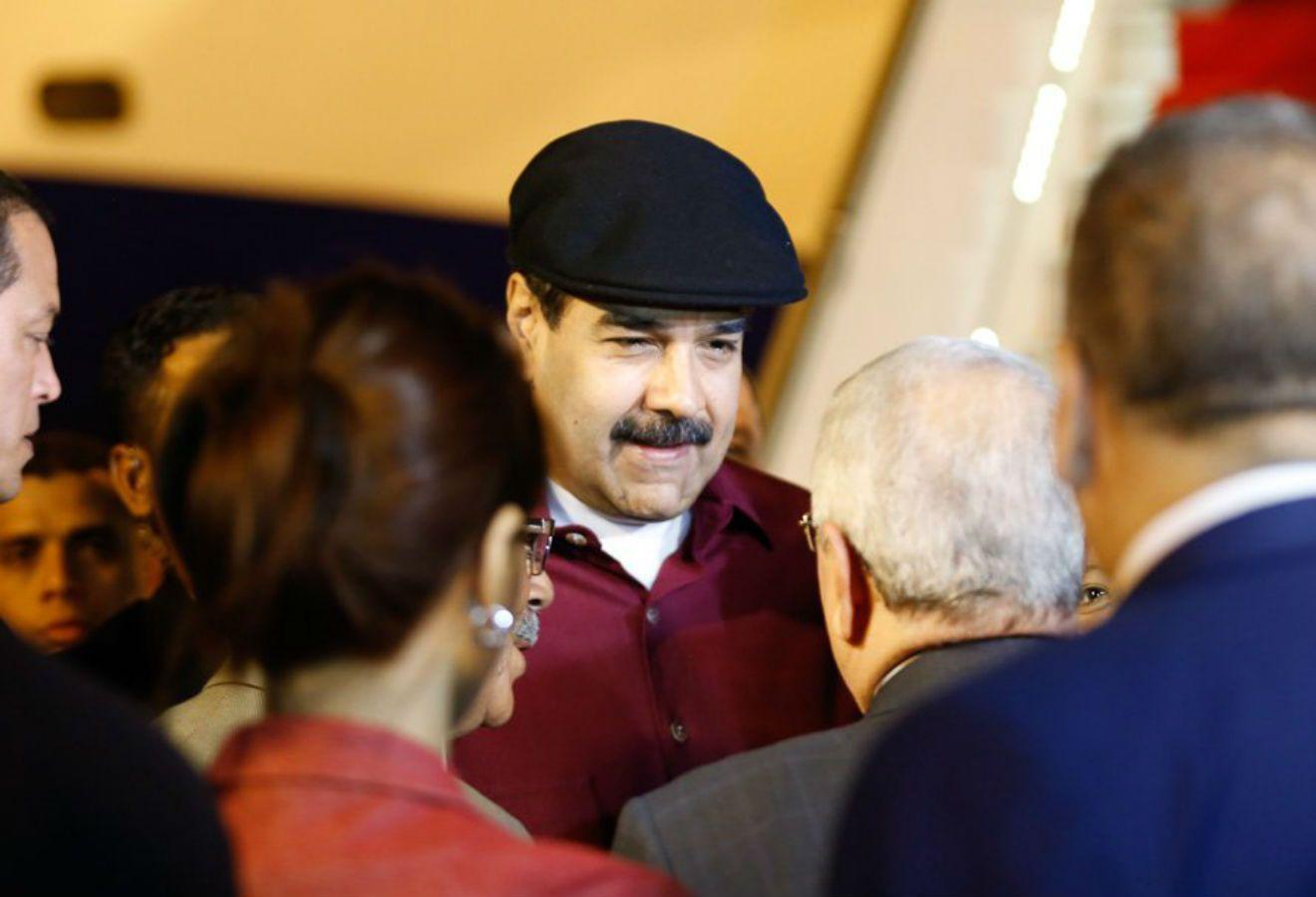 ¿Intentará Estados Unidos eliminar a Maduro por proponer que Venezuela abandone el área dólar?
