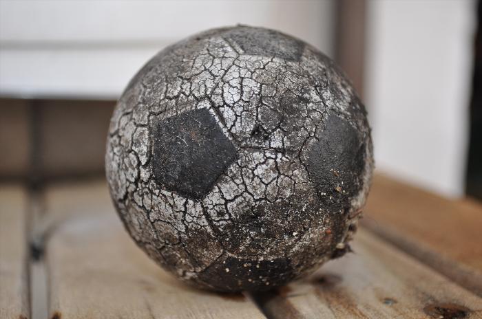 Messi, TV y después: El fútbol escupe mugre y en sus callejones pestilentes pueden existir pistas sobre Santiago Maldonado