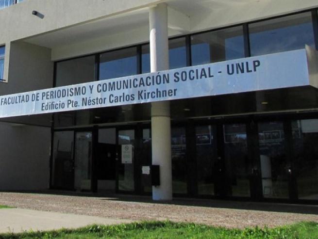 Periodismo de la UNLP expresó su preocupación por la intimidación a Filosofía y Letras de la UBA
