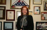 Poné lo fideos que estamos todos: una candidata republicana al Senado de EE.UU. charla con marcianos