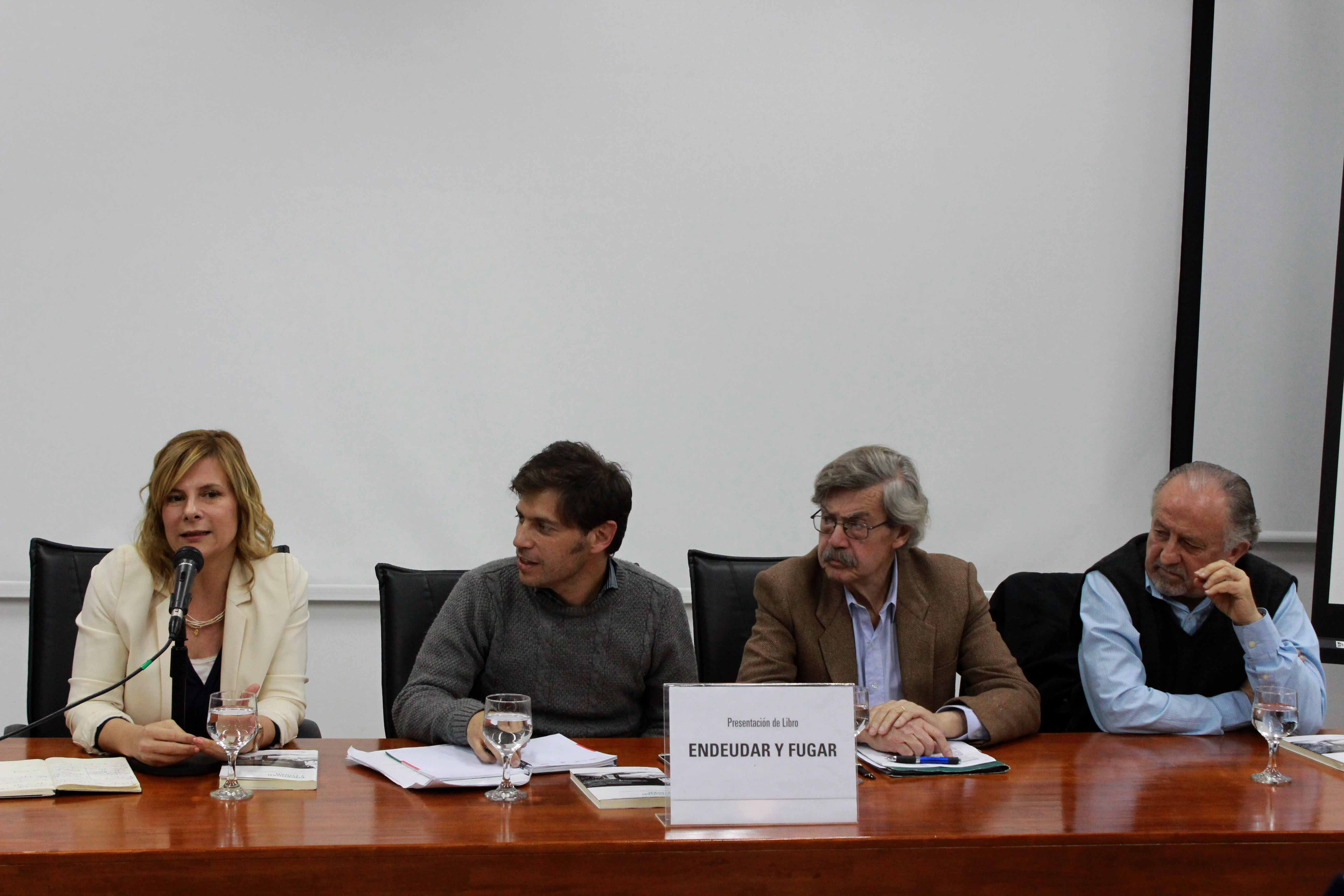 """En La Plata """"en menos de dos años hemos llegado a tener dos dígitos de desocupación"""", dijo Florencia"""
