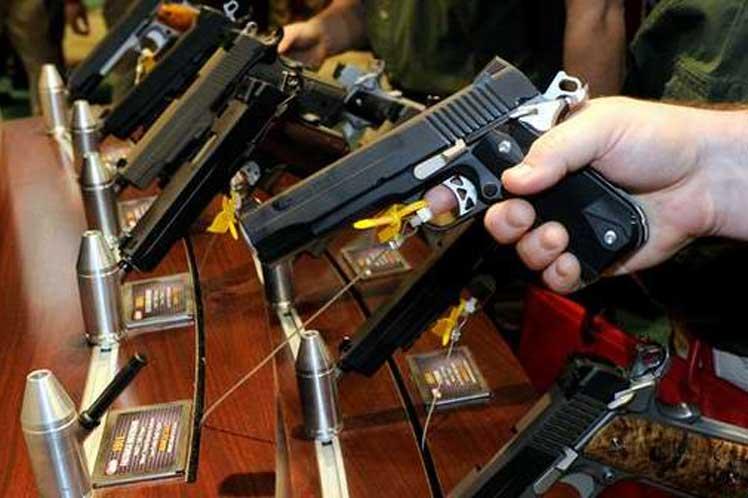 """Ventas de armas se dispararon durante el promocionado """"Black Friday"""" en Estados Unidos"""