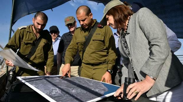 """La espectacularidad de los despliegues policiales y judiciales y el """"Estado policial"""" importado desde Israel y EE.UU."""